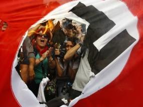 Greece-nazi-flag-reuters