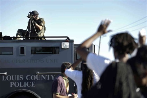 Ferguson-Clashes-Ferguson-Police-Like-Military-Unit-Sniper-2